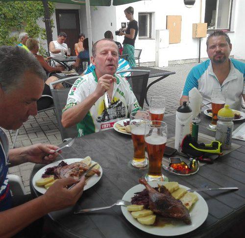 oběd v Kardašově Řečici